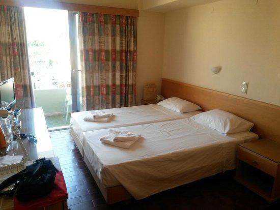 Nafsika Hotel: camera
