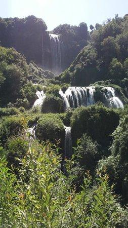 Cascata delle Marmore: in regime di chiusura acqua