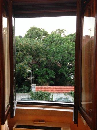 Hotel Lisboa Plaza: Desde la ventana