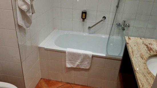 Grandhotel Brno: Bathroom