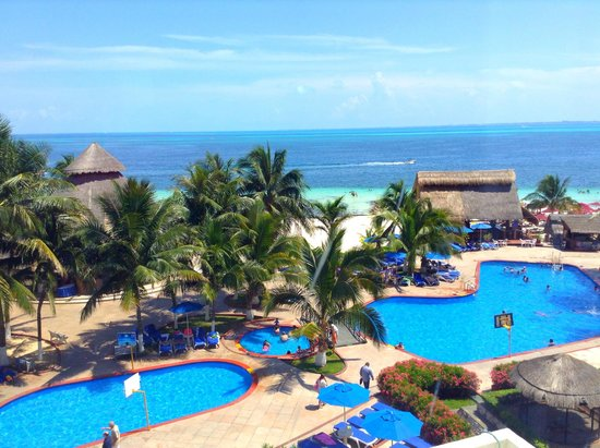 Casa Maya Cancun: Vista desde suite del cuarto piso.