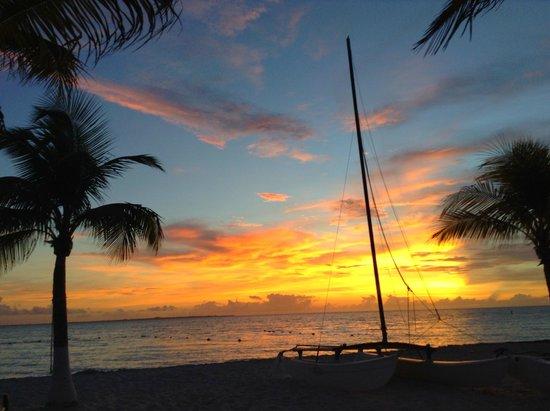 Casa Maya Cancun: Amanecer desde la zona élite.