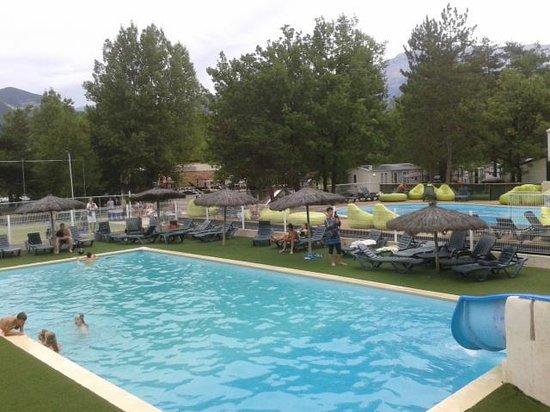 Piscine jeux picture of camping la pinede die tripadvisor for Camping la ciotat avec piscine