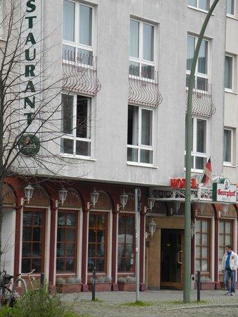 Georghof Hotel Berlin: непосредственно отель