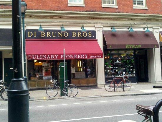 Di Bruno Bros.: Chestnut St. entrance