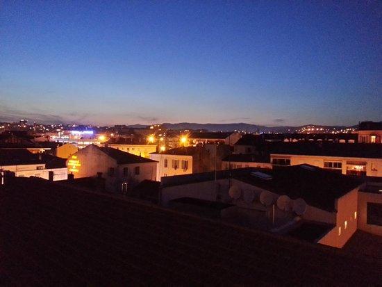 Hotel De France Cannes: Über den Dächern von Cannes der Blick zum Meer