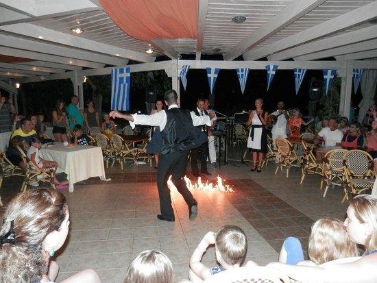 Kipriotis Aqualand : Greek night