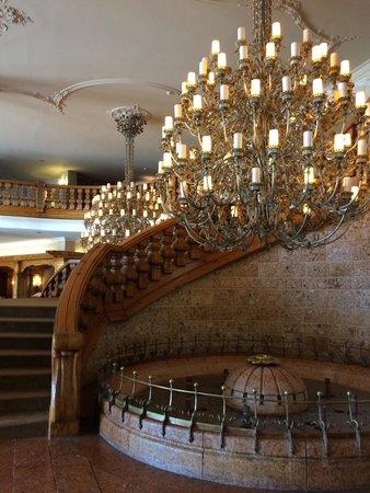 Interalpen-Hotel Tyrol : Interno albergo