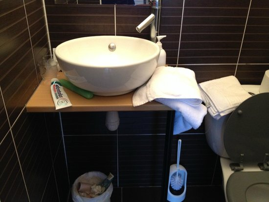 Hotel L'Islande : salle de bain...
