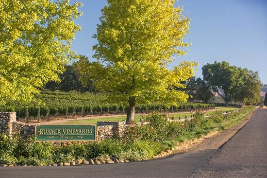 ‪Rusack Vineyards‬