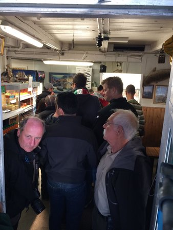 Saegreifinn - The Sea Baron : View inside of the line. The open cooler to left holds the offerings. Pay, get your number and l
