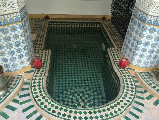 Riad Al Mamoune : La vasca nell'atrio