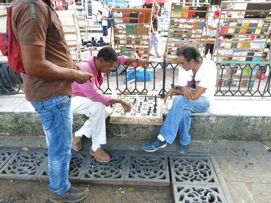 Old Havana: Endless time
