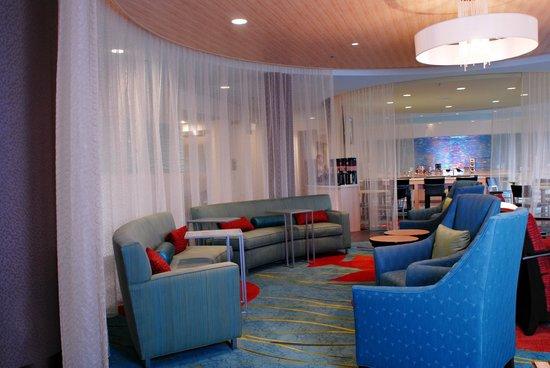 SpringHill Suites Quakertown: Lobby