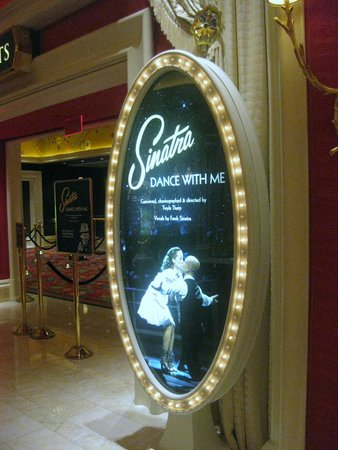 Wynn Las Vegas: The entrance of Sinatra's show