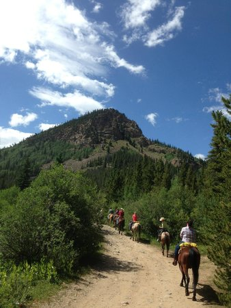 Tumbling River Ranch: awesome view from trail ride
