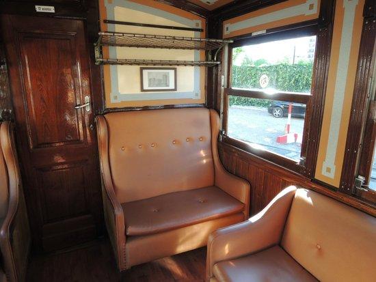 Ferrocarril de Soller: Das 1.-Klasse-Abteil im Triebwagen