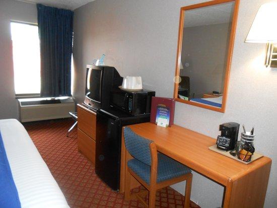 Settle Inn & Suites La Crosse: King Room