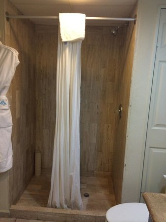 Villa del Palmar Beach Resort & Spa Los Cabos : Great shower in the room at the resort.