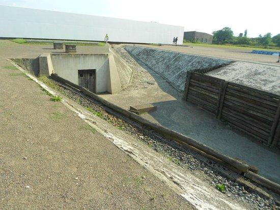 Gedenkstätte und Museum Sachsenhausen: caminho da câmara de gás
