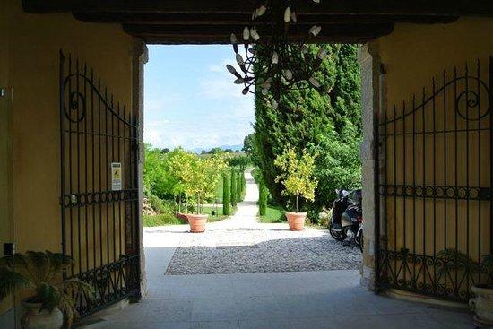 Relais Corte Cavalli: entree