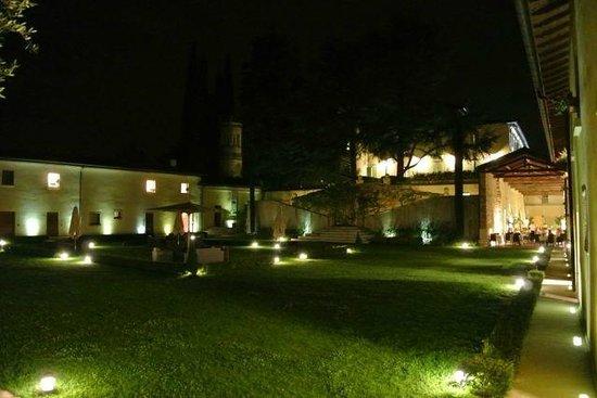 Relais Corte Cavalli: binnenplaats