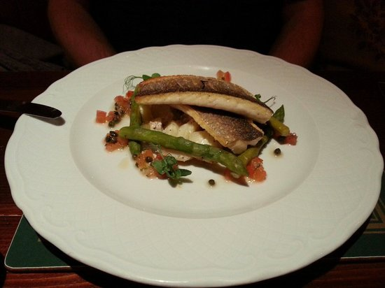 The George and Dragon Inn Restaurant: Sea bass