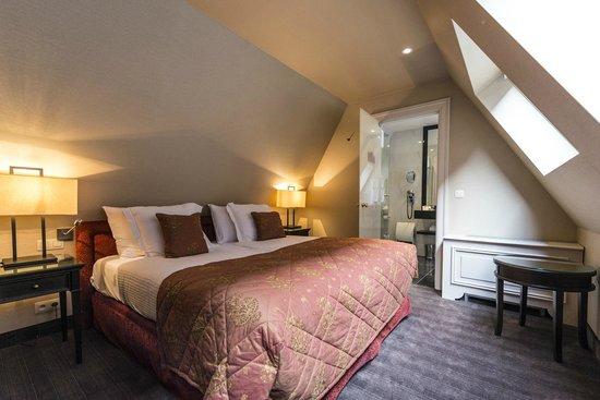 Hotel Dukes' Palace Bruges : Zimmer oben