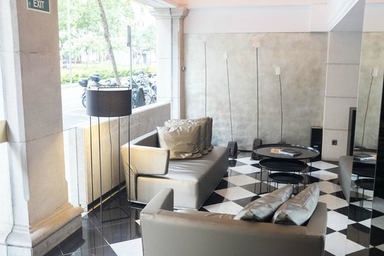 Hotel Gran Derby Suites: Lobby