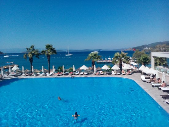 Voyage Torba: One of the pools