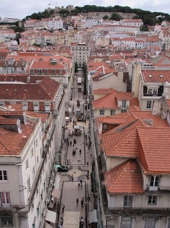 Santa Justa Lift : view from tower of city street