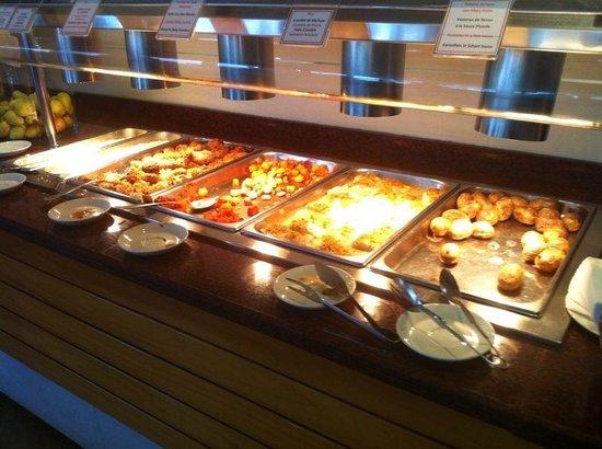 PortBlue Club Pollentia Resort & Spa: Buffet
