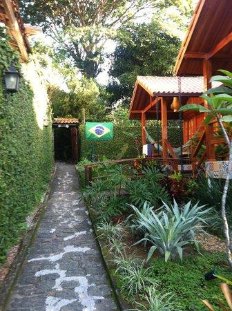 Aratinga Inn: entry