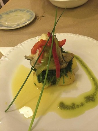 Quermesse Restaurante: Poisson (lotte) avec ses légumes (plat)