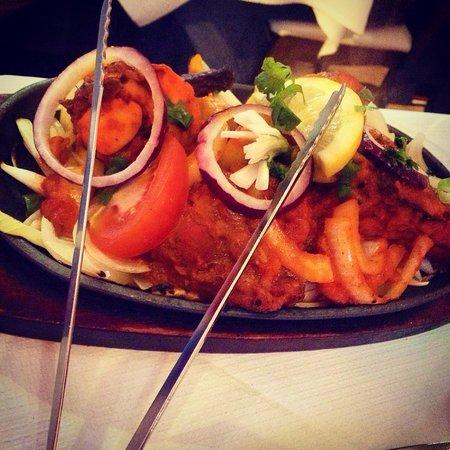 Kathmandu Kitchen Nepalese & Indian Restaurant: Tandoori chicken