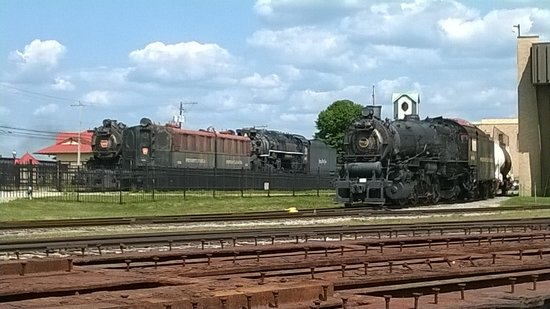Railroad Museum of Pennsylvania : Trains outdoors too !