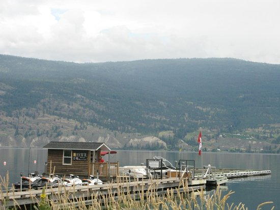 Summerland Waterfront Resort & Spa : Resort Jetty