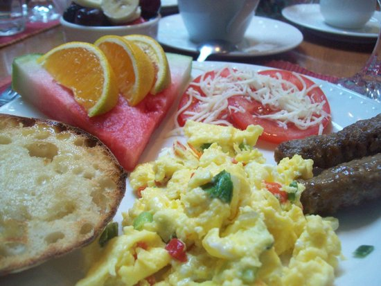The Inn on Bath Creek: breakfast, day 1