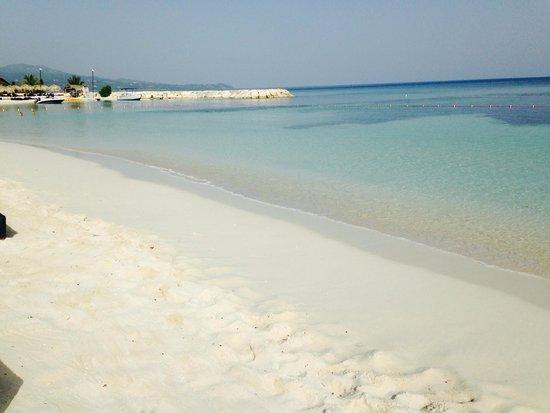 Secrets Wild Orchid Montego Bay: The fabulous beach on resort