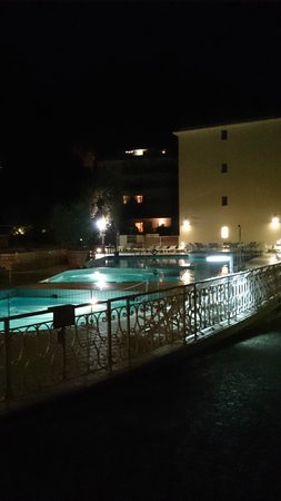 Conca Park Hotel : Pool at night