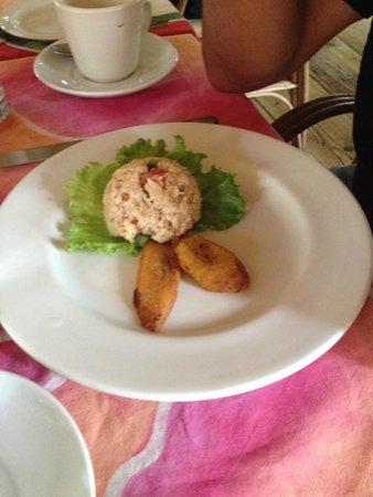 Kariwak Village Restaurant: Buljol