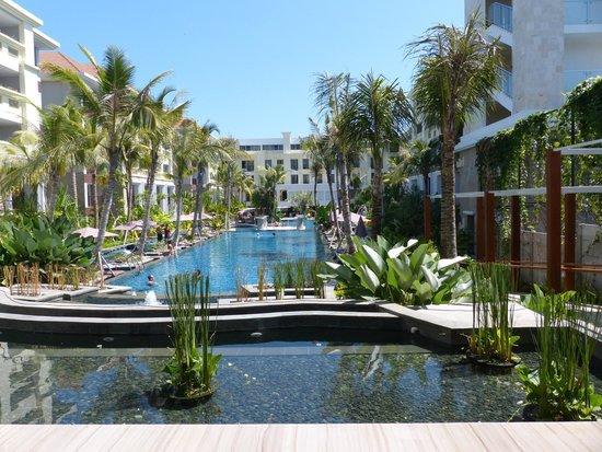 Swiss-Belresort Watu Jimbar: From the lobby looking out to the pool