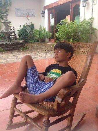 Hotel Xalteva: Relaxing in front of 101