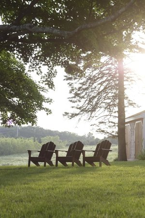 Maple Hill Farm Inn and Conference Center: sun starting to set