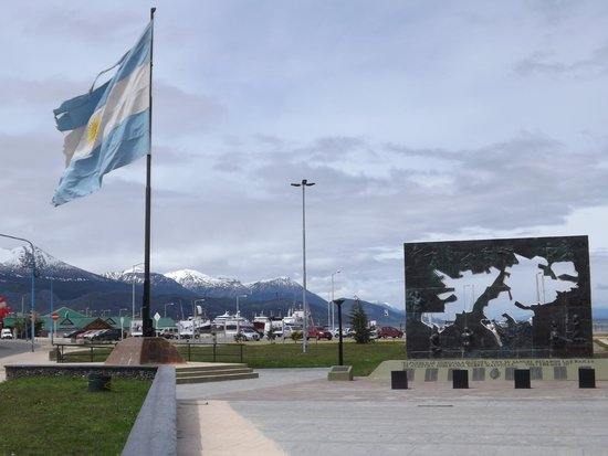 Plaza Malvinas