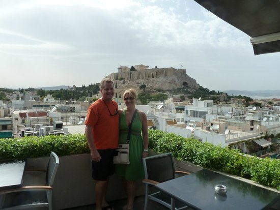 The Athens Gate Hotel: View from rooftop bar/breakfast area