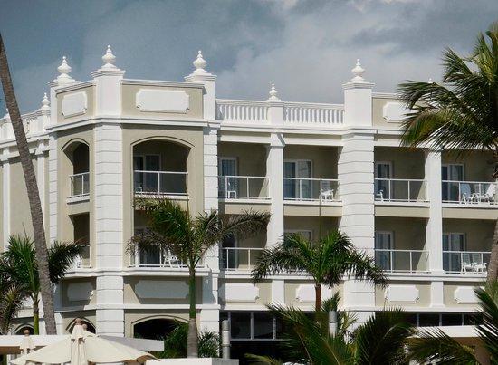 Hotel Riu Palace Bavaro: Oceanfront suites