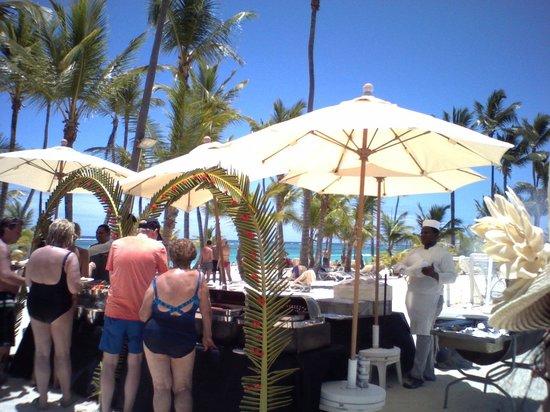 Hotel Riu Palace Bavaro Beach Bbq