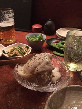 Teyandei Omoya, Nishiazabu: Potato salad topped with fried egg