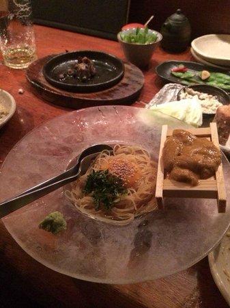 Teyandei Omoya, Nishiazabu: Cold uni pasta